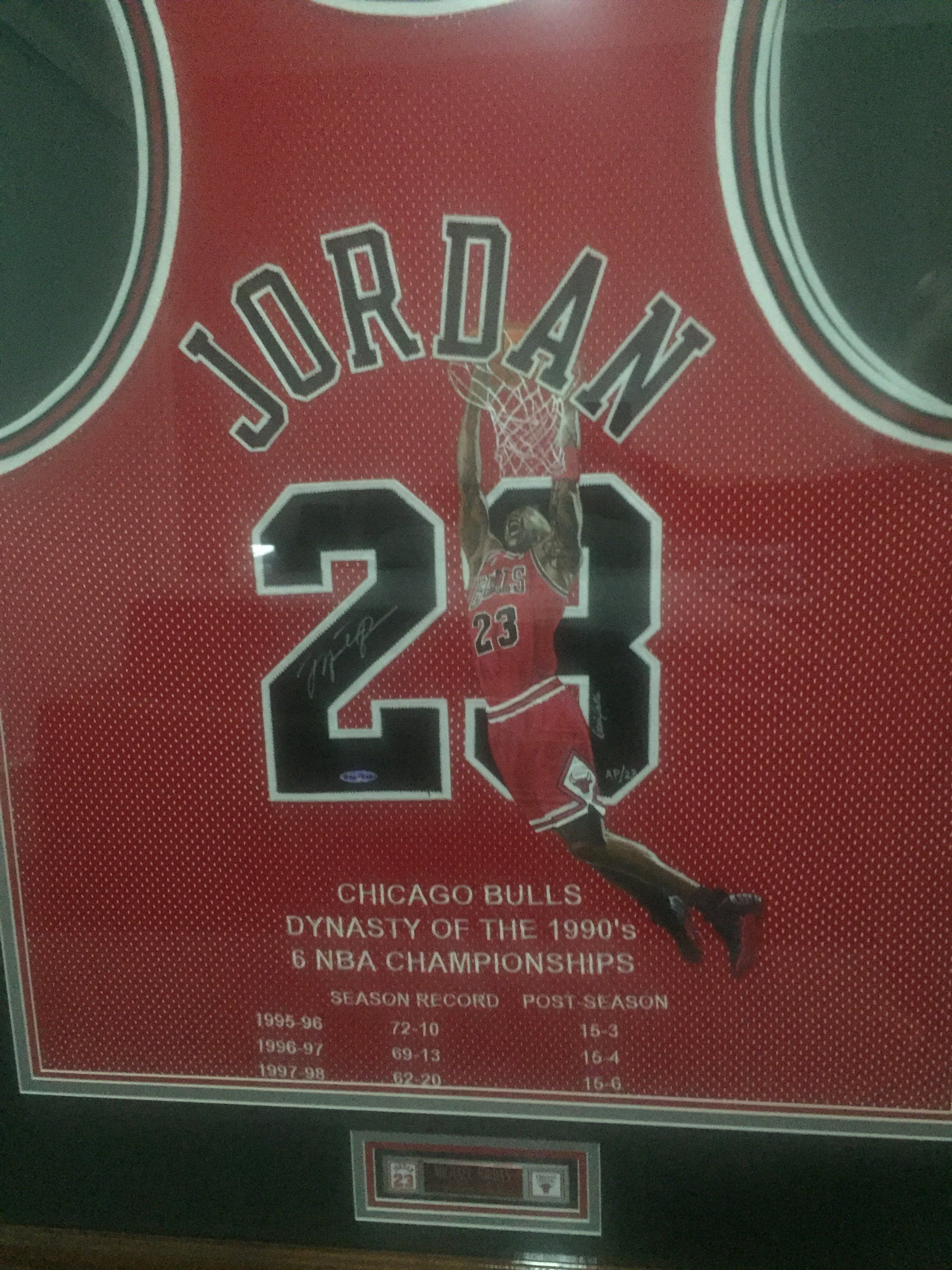new concept 591fe 18c01 For Sale - UDA Michael Jordan Signed jersey with 16