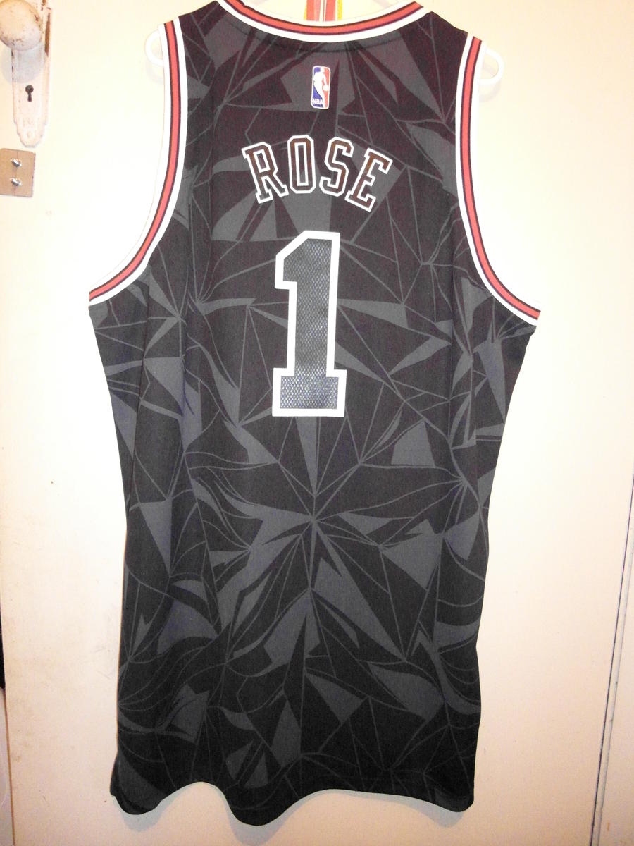 online store 32fbe 4e2d4 For Sale - Derrick Rose Limited Edition XL Jersey for sale ...